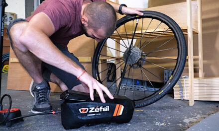 Montage d'un pneu vélo tubeless